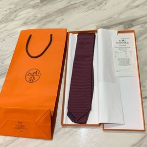 NEW Hermès Tie NEVER WORN blue and red men's tie